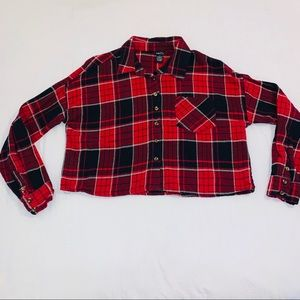 RUE21 Red Cropped Plaid Flannel Longsleeve top